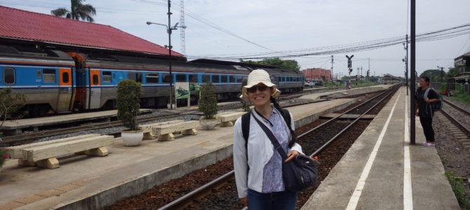 旅記事134 アユタヤからバンコクに電車で移動、当然のように遅れる