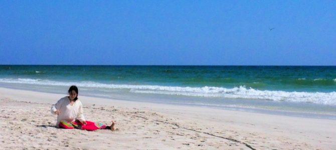 舞踏35 オマーンのサラーラ アラビア海の砂浜での舞踏